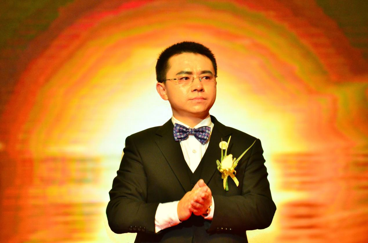 "Guo Xiaolin,President of KAKUSAN, being nominated the ""Ten Major non-publicEconomyInfluential Figures of Sichuan Province for Going Out to Start Business """